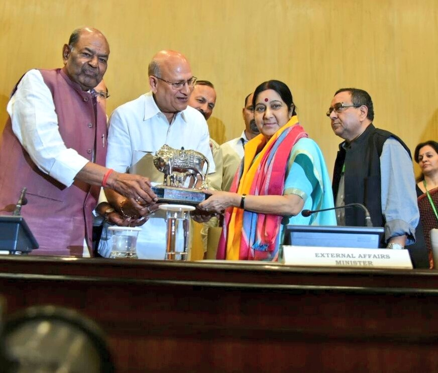 External Affairs Minister Sushma Swaraj flags off first batch of pilgrims for Kailash Mansarovar Yatra