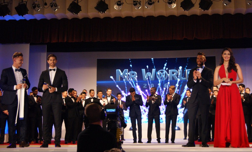 Who is the first Indian to win the title of Mr.World ?