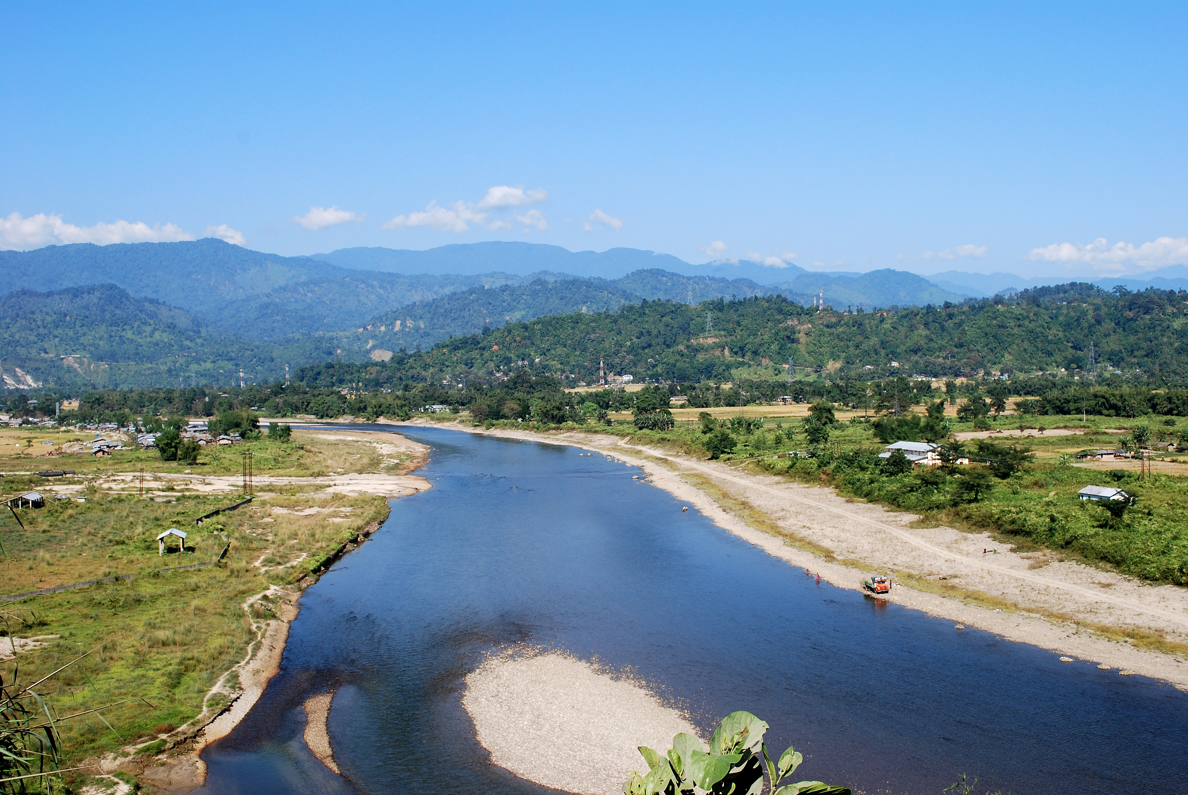 Dikrong_river_near_Itanagar