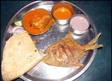 sindhudurg-typical-malvan-lunch-plate
