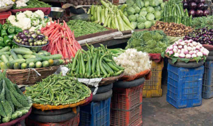 India's annual wholesale inflation rises marginally in August