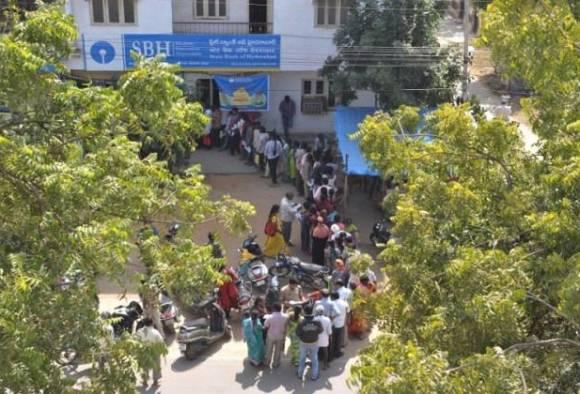 Government hikes withdrawal limits at banks, ATMs