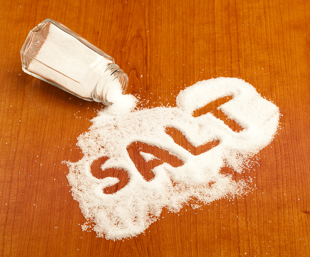 Rumour of salt shortage triggers panic in UP, one dead