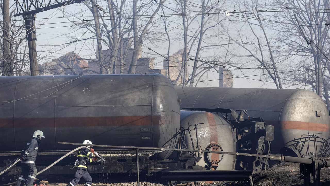 5 dead, 27 injured in explosion in Bulgarian freight train