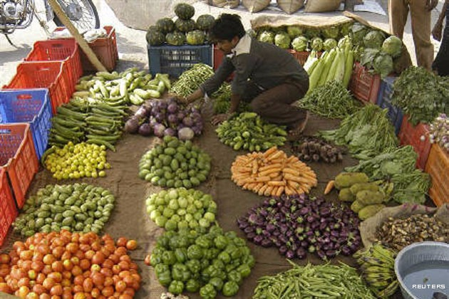 India's wholesale inflation eases in November