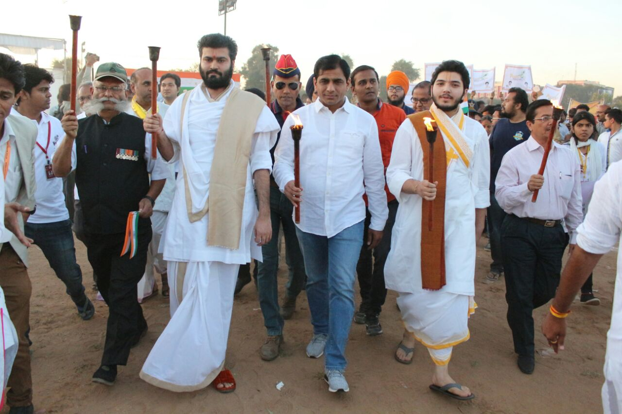 Victory March in Vadodara to honour the Martyrs