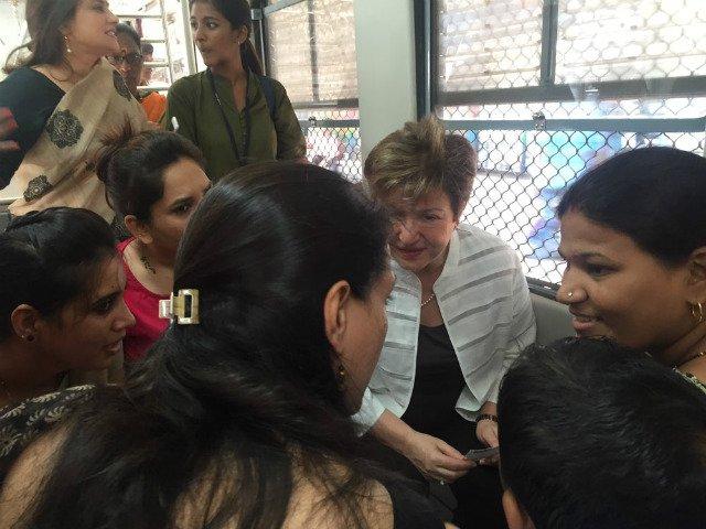 World Bank CEO commutes 2nd class in Mumbai train
