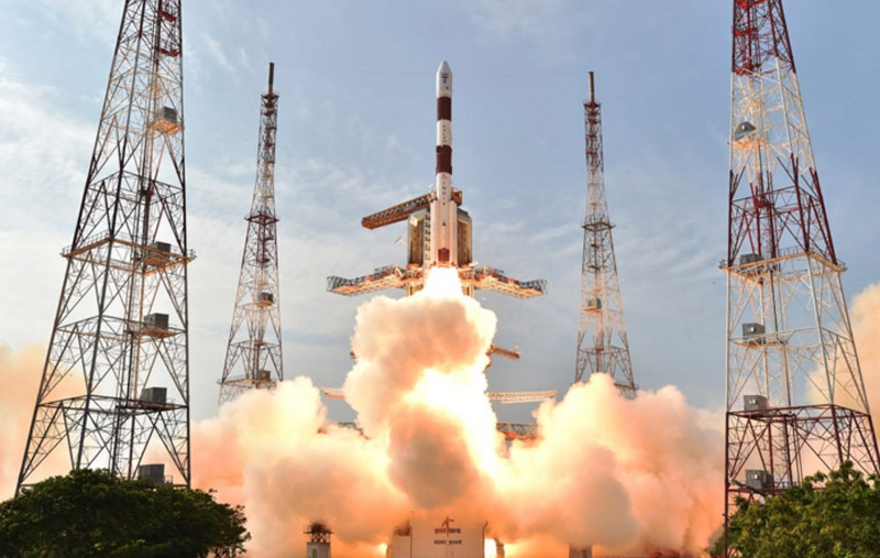 ISRO-PSLV-liftoff