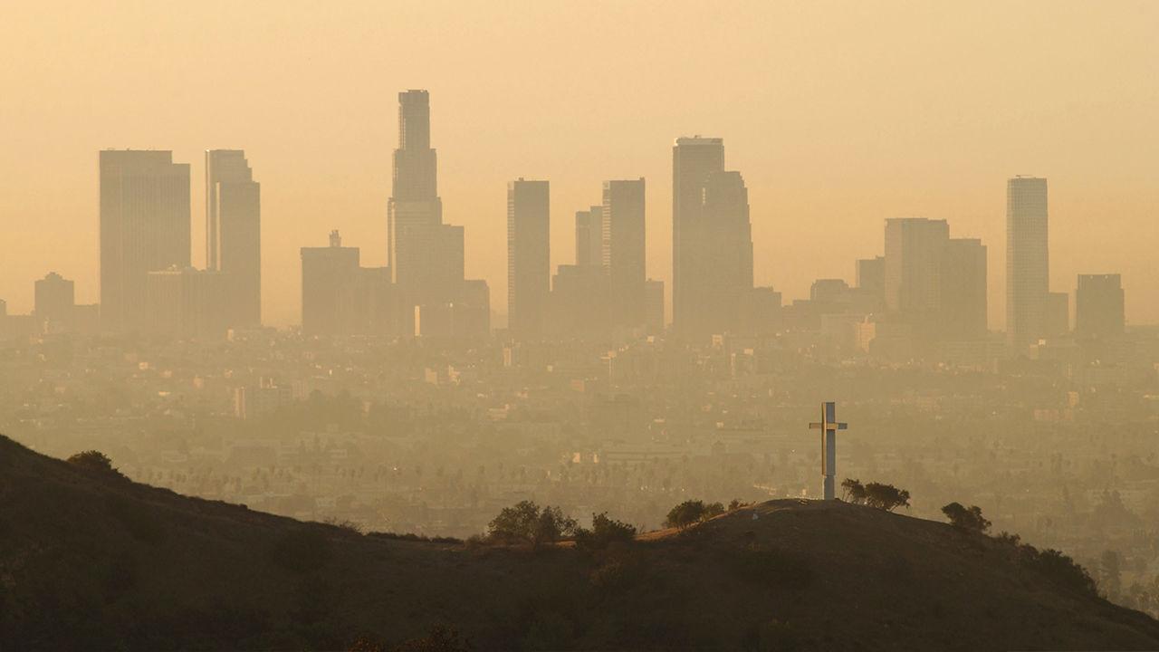 Air pollution may up dementia risk in elderly women