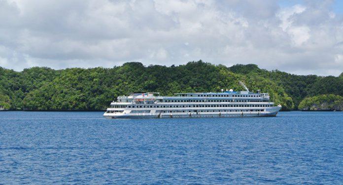 New cruise ship tour