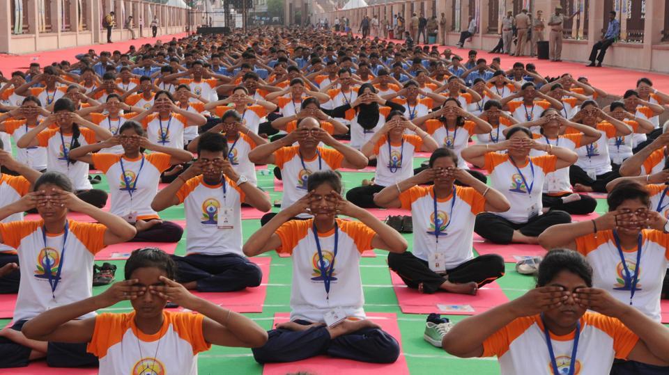 Third International Yoga Day : Modi, Yogi to perform in Lucknow