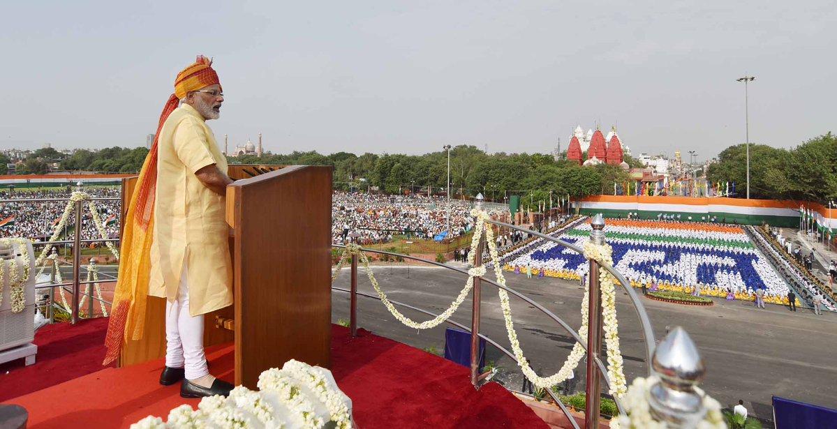 Leave 'Chalta hai' attitude, replace with 'Badal Sakta hai': PM
