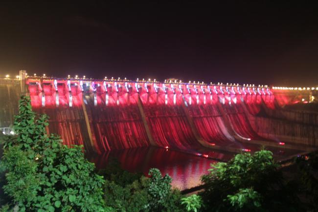 Live : PM Modi to dedicate Saradar Sarovar Dam to the Nation
