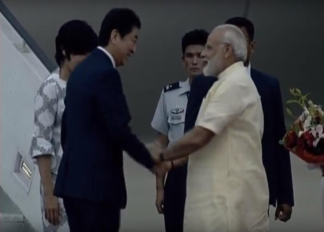 LIVE: Rousing Reception for PM Modi & Japanese PM Shinzo Abe in Gujarat
