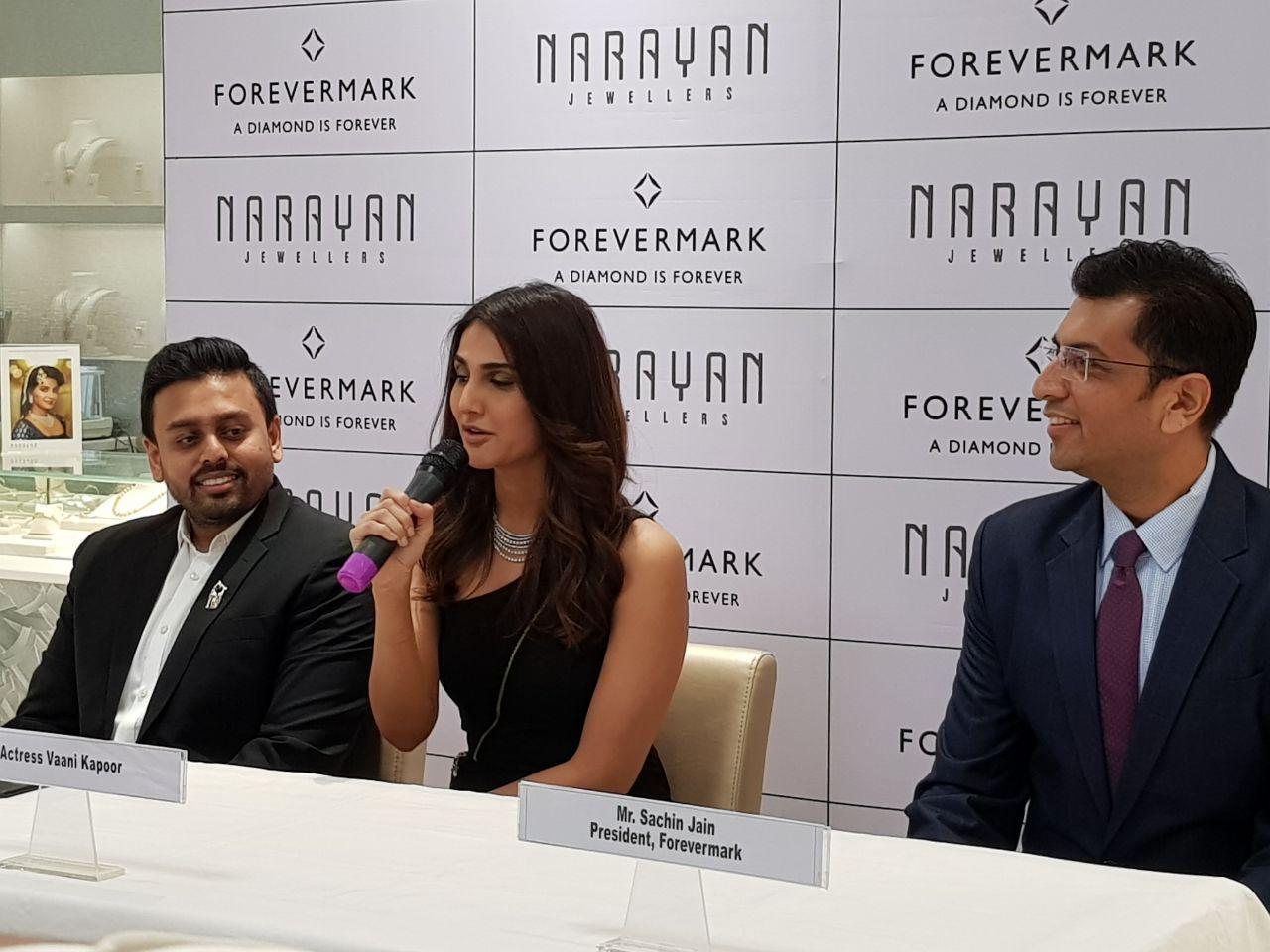 Vaani Kapoor unviels new bridal collection in Vadodara