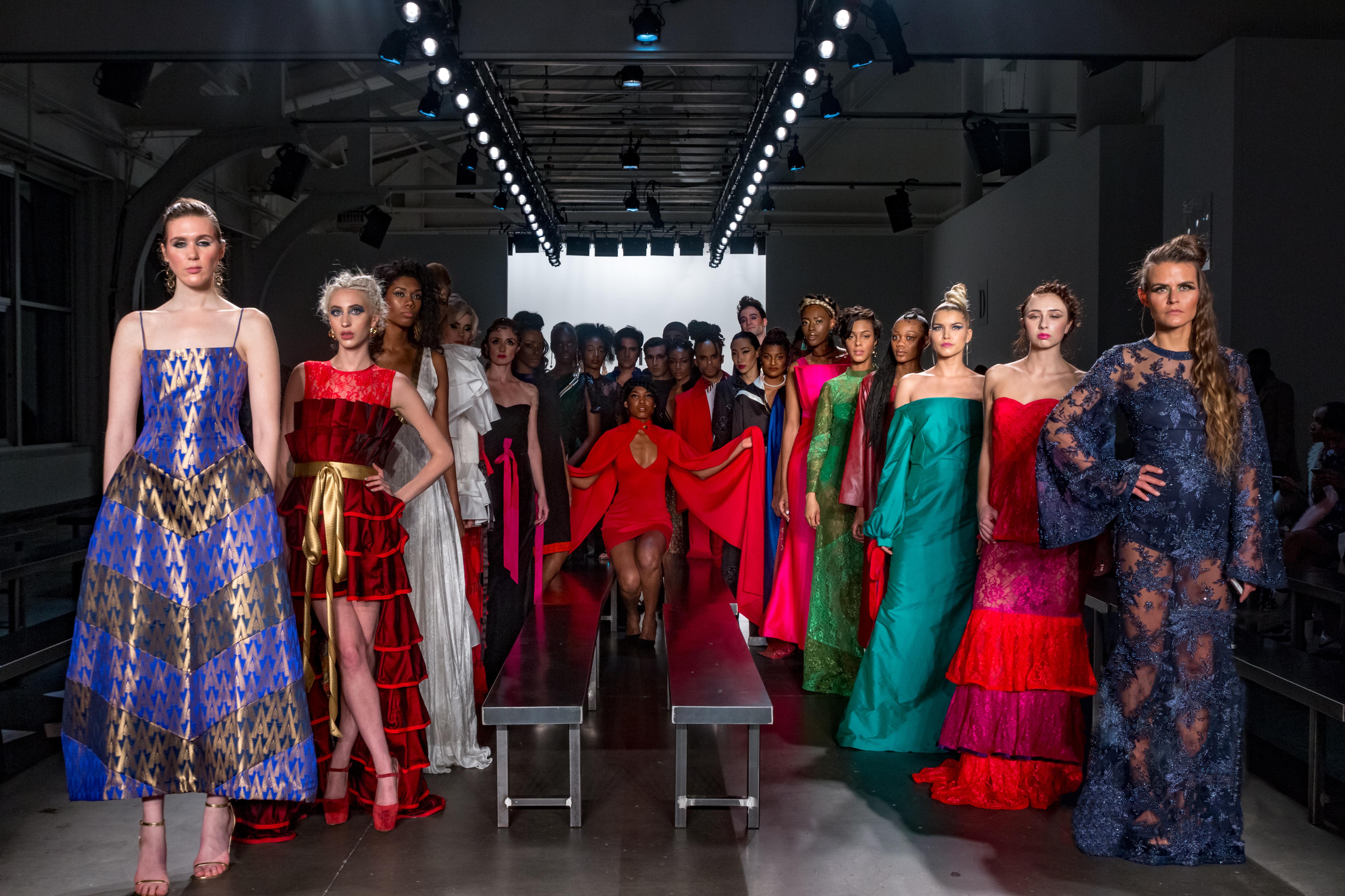 INIFD Baroda designers dazzle at World's most prestigious Fashion Show