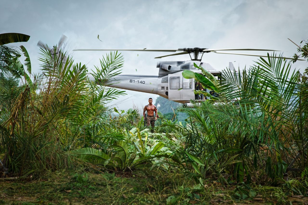 Tiger Shroff shoots the helicopter shot with perfection!