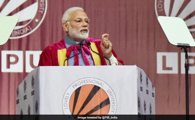 Modi adds 'Jai Anusandhan' to Shastri's slogan