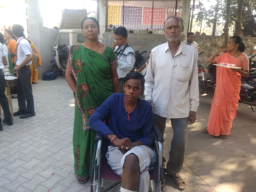 Chirag Sisodia appeared in board exam with heavily bandaged leg