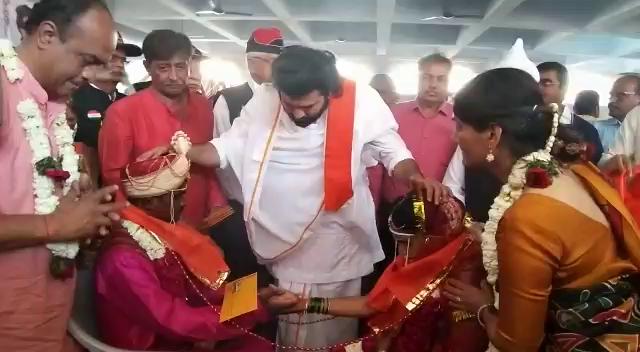 21 blind couples from Mumbai tie knot in Vadodara