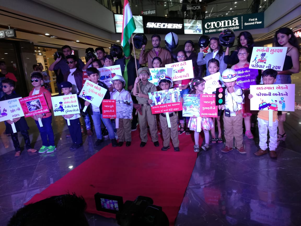 Fashion show spreading traffic awareness held in Vadodara
