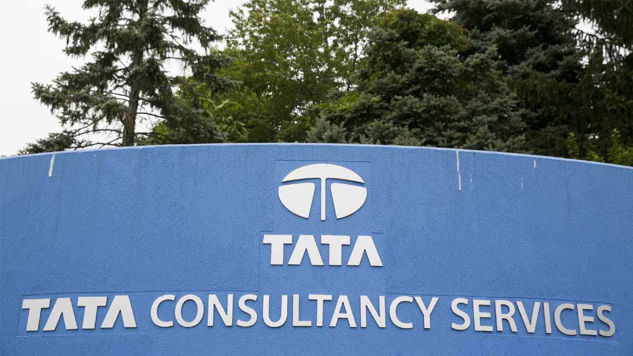 TCS needs more deals to touch 2-digit growth