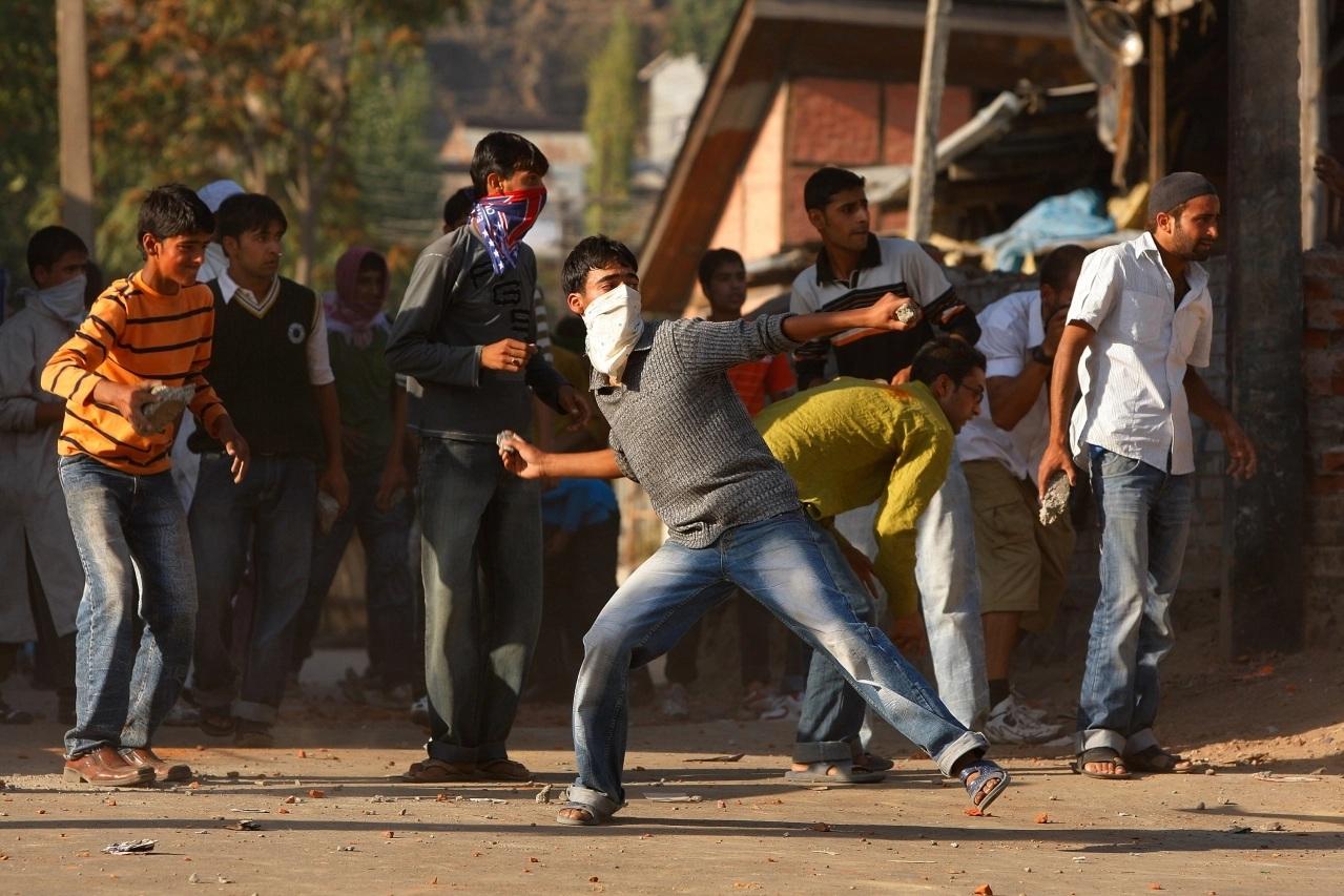 Jharkhand: Curfew in Lohardaga after stone pelting on VHP's pro-CAA rally
