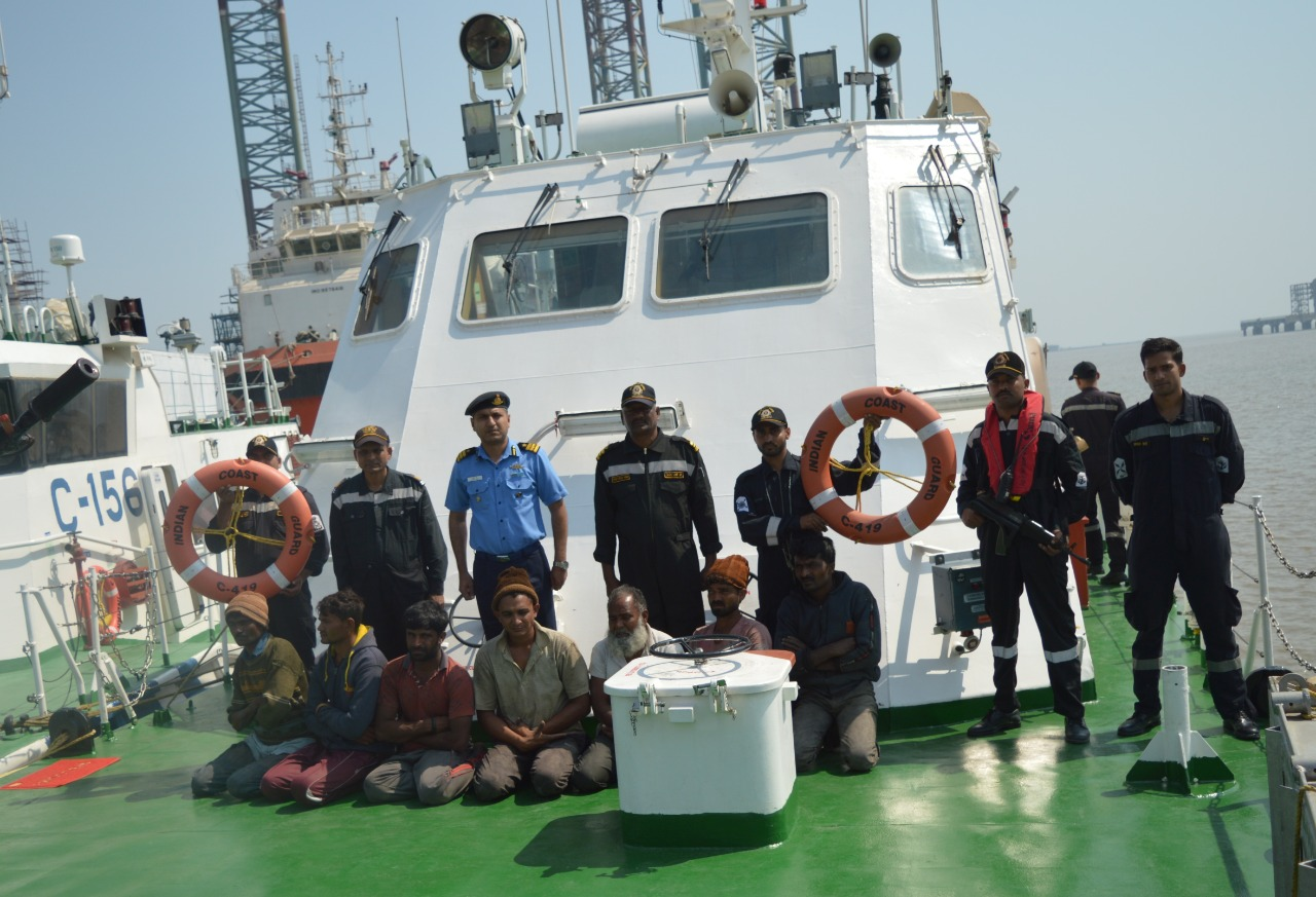 Indian Coast Guard apprehends nine crews of fishing boat for theft case