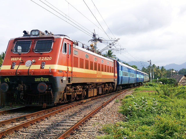 Revision in timings of 10 pairs of special trains of Western Railway