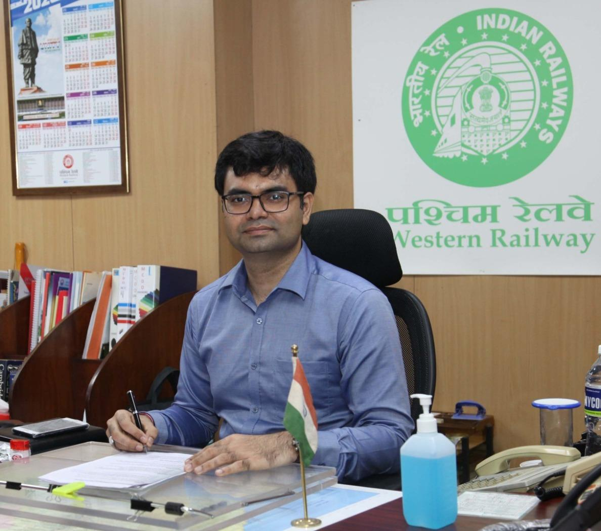 Sumit Thakur takes over as new CPRO of Western Railway