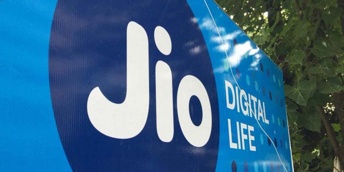Jio partners with Aeromobile to launch India's first In Flight mobile services