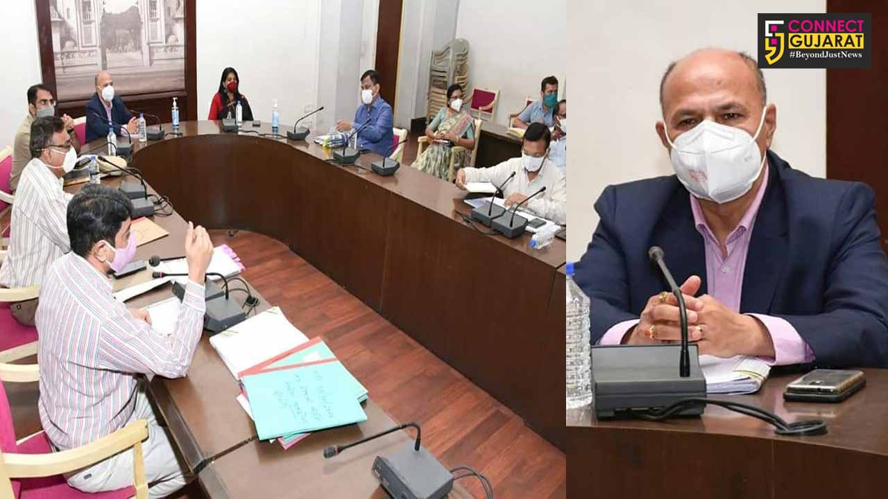 Election observer Jata Shankar Choudhary held meeting with nodal officers in view of Karjan By election