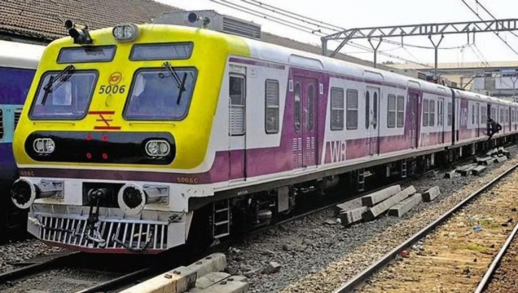 Railways agrees to Maharashtra govt's proposal to allow women to travel in local trains from Oct 21
