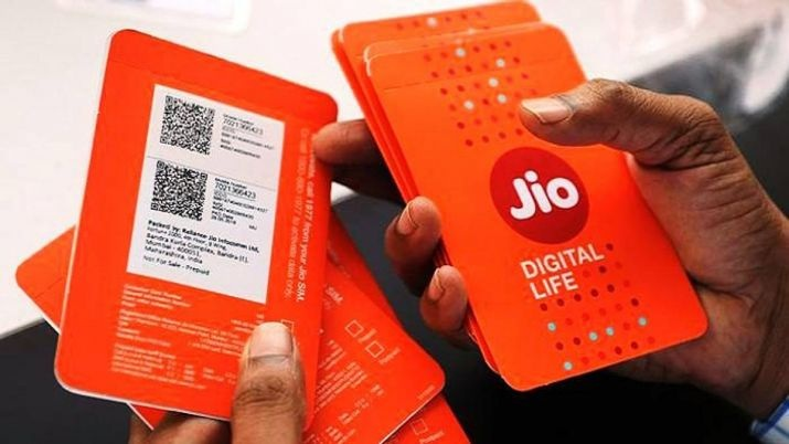 Jio tops 4G download speed chart, Vodafone in upload in September: TRAI