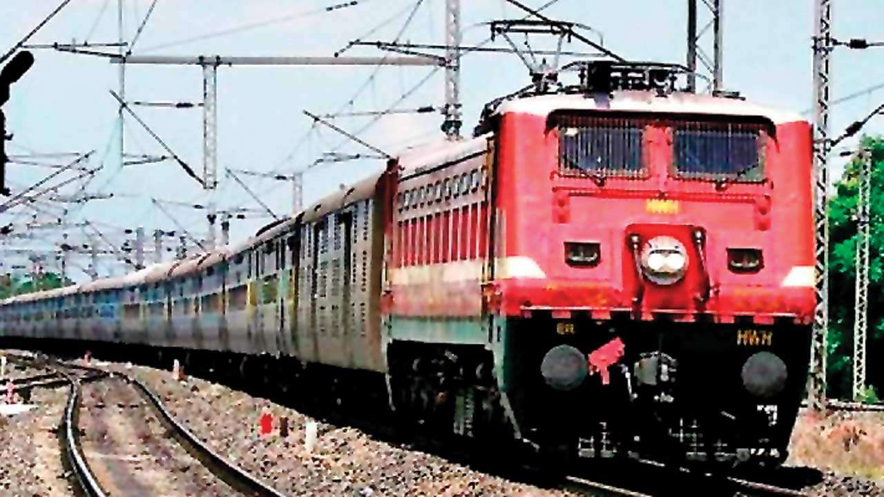 Train speed increased on line 1 and 2 of Vadodara station
