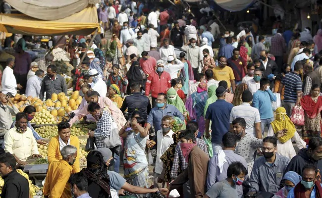 Gujarat: 'Hunger watch' suvrvey ,21 % had to sleep without single meal amid pandemic