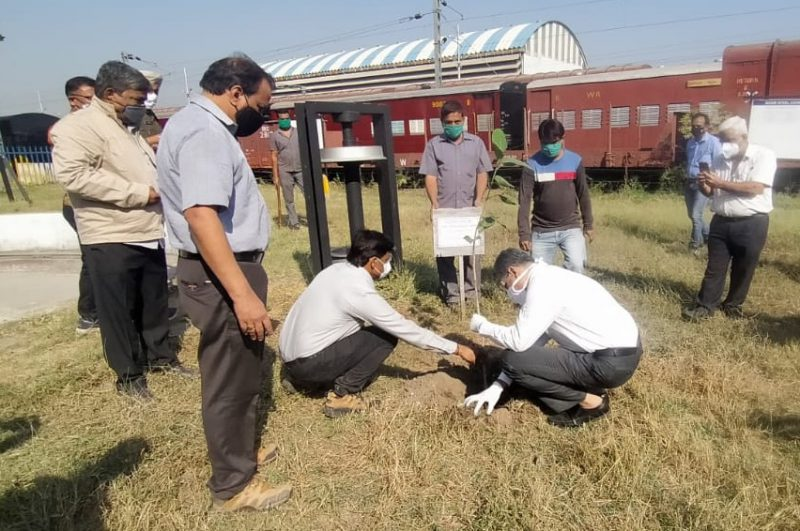 Vadodara division celebrates World Soil Day with a pledge to keep the soil alive