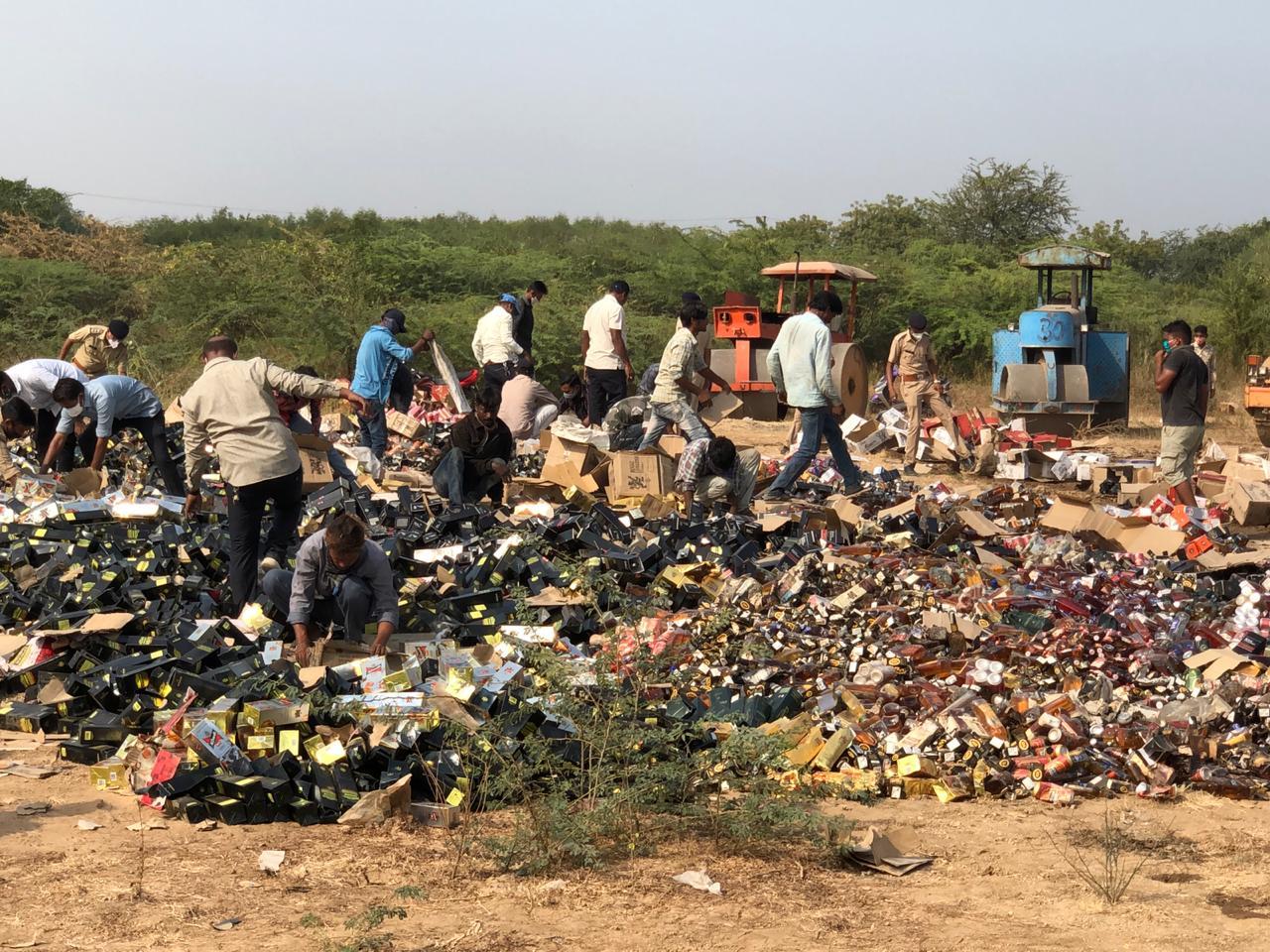 Liquor worth 87.65 lakhs caught by Vadodara police destroyed at Chikodara village
