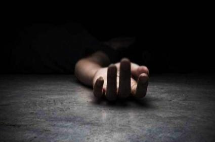 Plaster worker fell down to death from under construction building in Vadodara