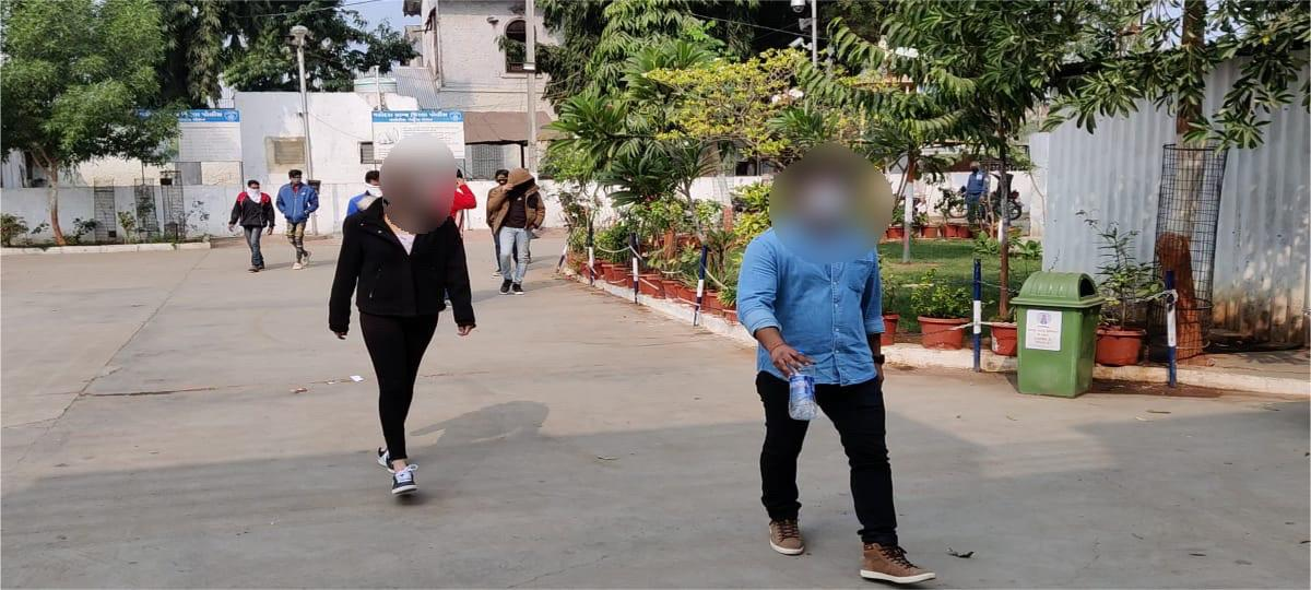 Vadodara: waghodia police nabbed nine including college students for 31st party