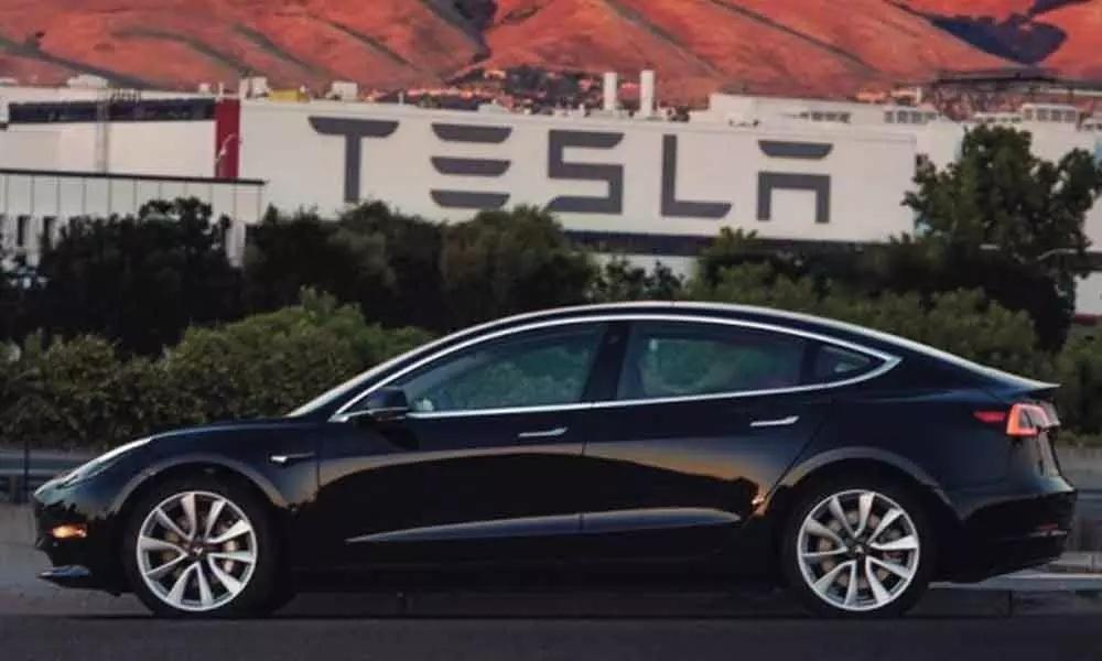 Electric car manufacturer Tesla to set up there base in Gujarat