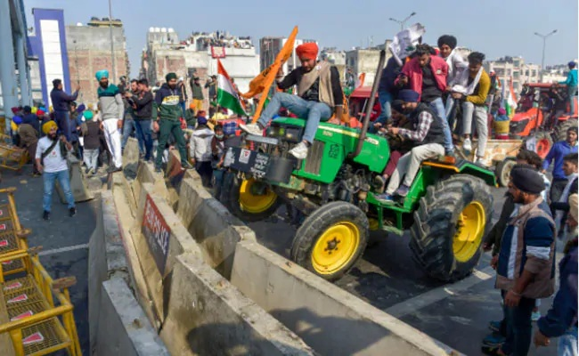 Farmer unions cancel Parliament march after Republic Day violence in Delhi