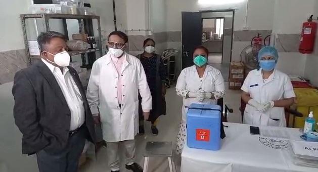 Dry run of vaccination organized at SSG hospital in Vadodara