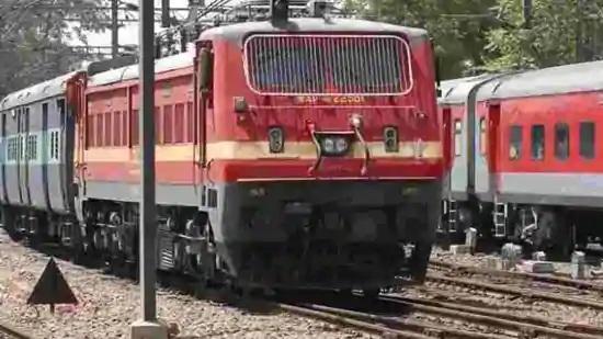 MEMU train services between Pratapnagar and Kevadiya should be treated as fully reserved passenger trains