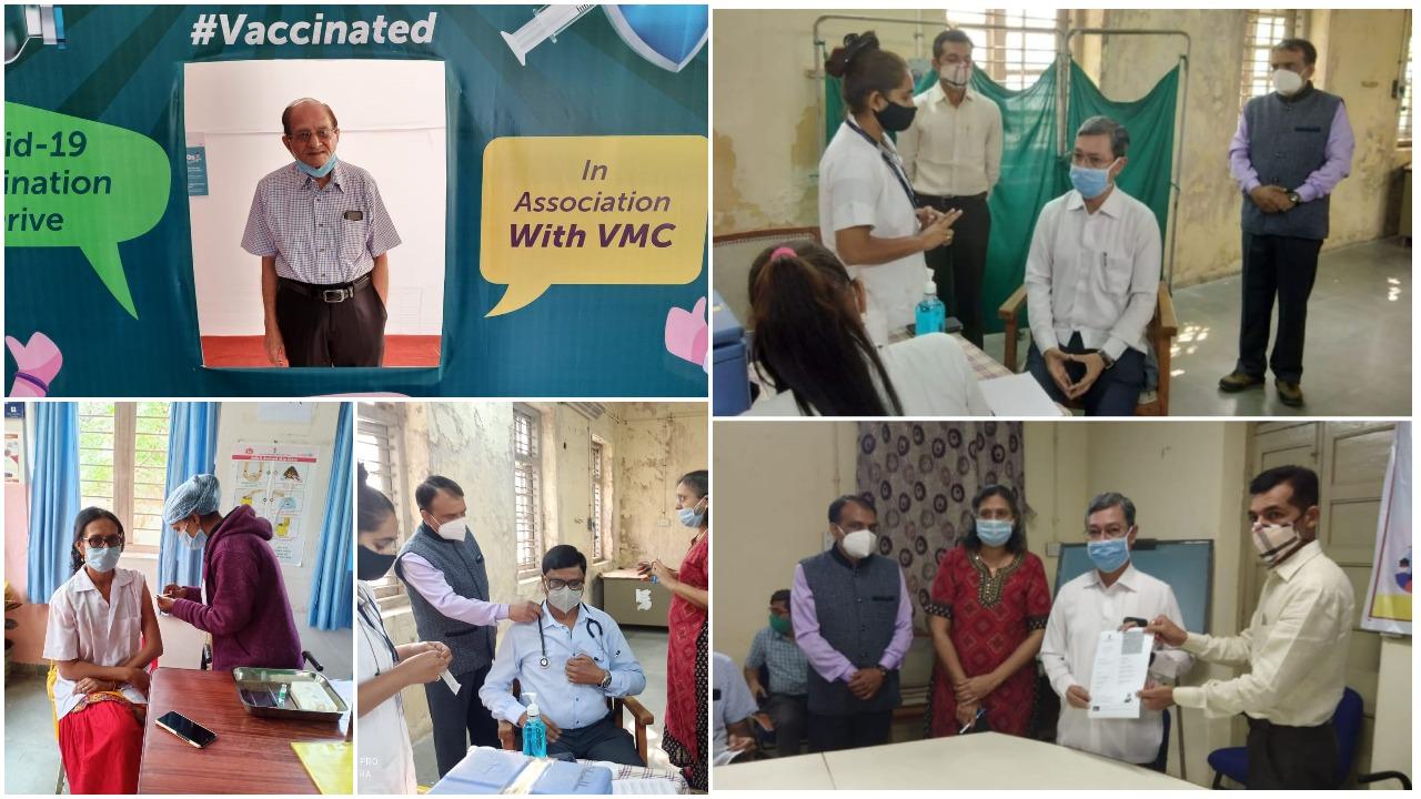 89 year old senior doctor Dr. Rohit Bhatt vaccinated in Vadodara