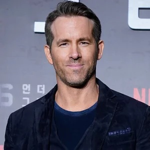 Ryan Reynolds celebrates 5th anniversary of 'Deadpool' with letter to fan