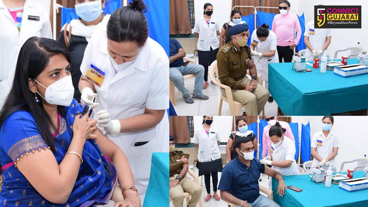 Top Vadodara officials take second dose of Corana vaccine