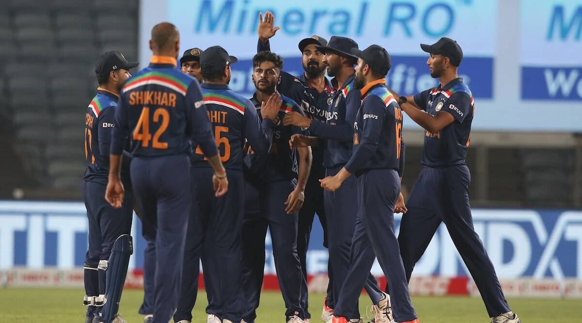 India beat England by seven runs in final ODI to clinch series 2-1