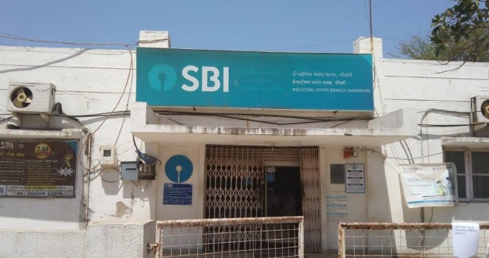 SBI branch at Nandesari near Vadodara closed after 12 employees including branch manager tested positive for Coronavirus