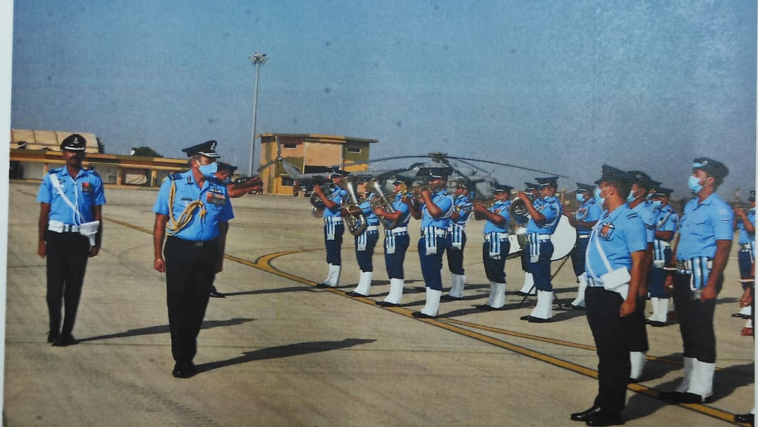 Air Marshal SK Ghotia Air Officer Commanding-in-Chief, SWAC visited Air Force Station Naliya